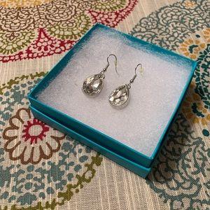 NEW GORGEOUS silver/rhinestone teardrop earrings